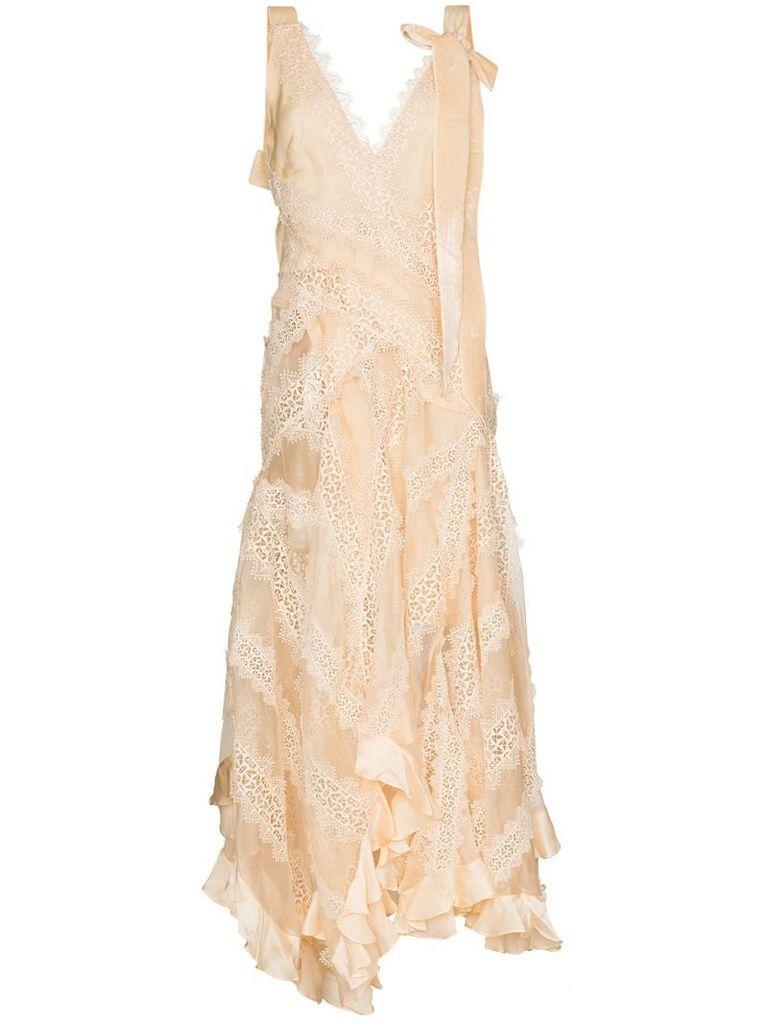 Charm lace trim gown
